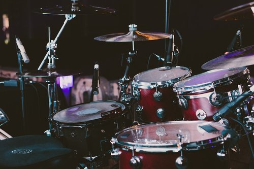 Das Schlagzeug — Taktgeber in der Band